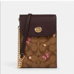 COACH New Phone Crossbody Bag